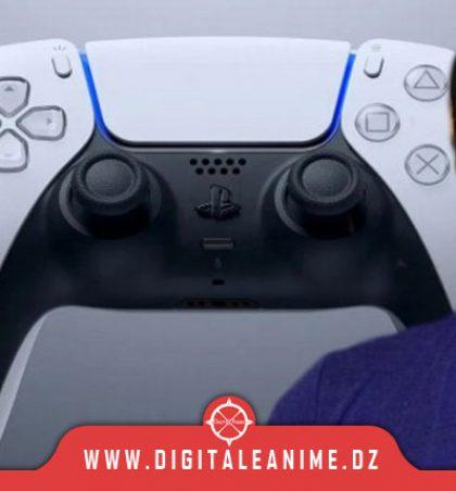 Phil Spencer sur la DualSense de PS5